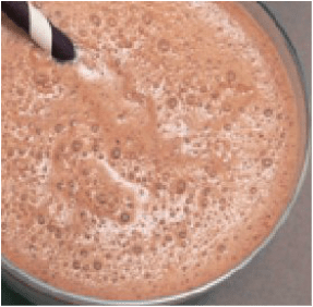 This Delicious Chocolate Smoothie Recipe made with Raw Cacao and Maca is only 8 SmartPoints!