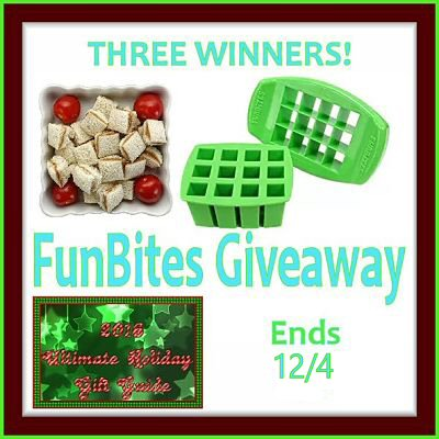 2016 Ultimate Holiday Gift Guide FunBites Green Squares Shaped Food Cutter Giveaway