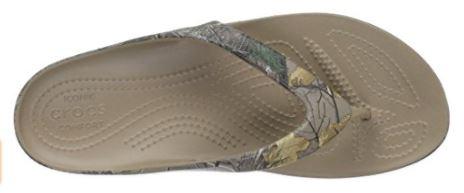 Crocs Women's Kadee II Realtree Xtra Flip Flops Top