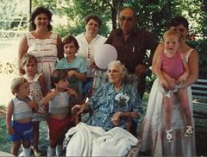 Mama Fine 100th Birthday with 5 of her Great Great Grandchildren