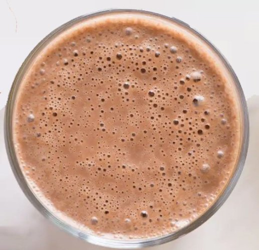 This Delicious Chocolate Smoothie Recipe made withRaw Cacao and Maca is only 8 SmartPoints!