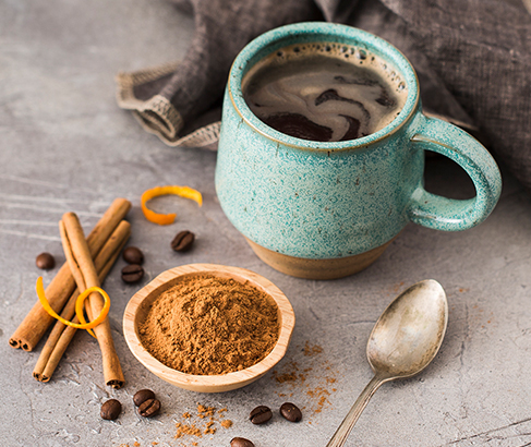 A bit of cinnamon tastes just as great in coffee as it does in apple pie. But, that's not the only reason to have that extra zing in your cup. There are many benefits of adding #cinnamon to your #coffee. #health #wellness