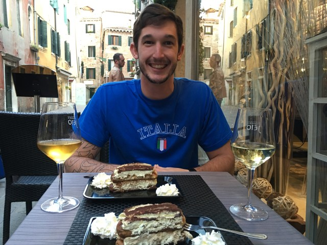 The BEST tiramisu in Italy at the Wine Bar Teamo in Venice