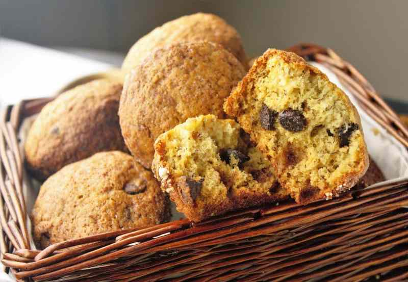 Banana Chocolate Chip Muffins - Sweet Tea & Thyme