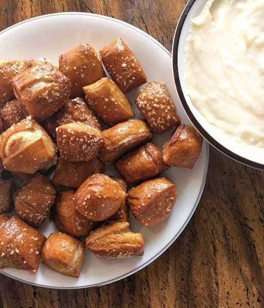 Soft Pretzel Bites - Sweet Tea & Thyme