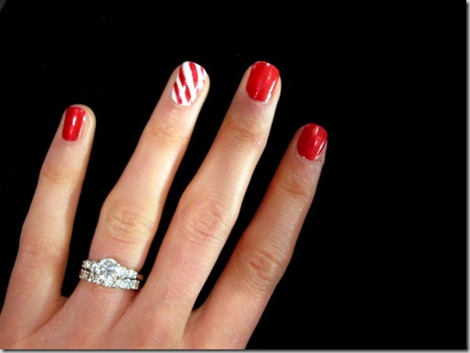 Candy Cane Nails 0340