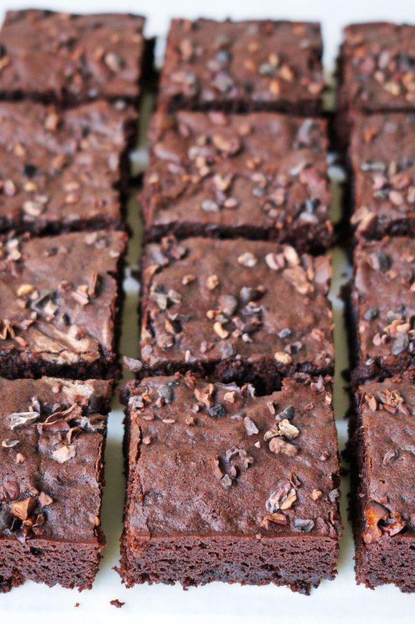 Vegan Aquafaba Brownies