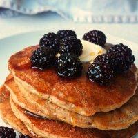 Eggless Apple & Banana Pancakes {vegan}