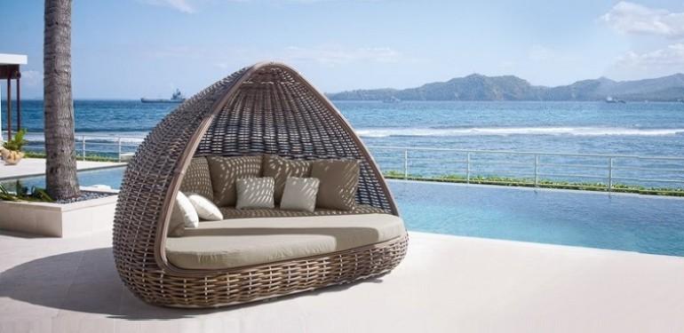 le lit de jardin un meuble qui mele
