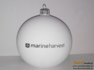 white printed balls marine harvest