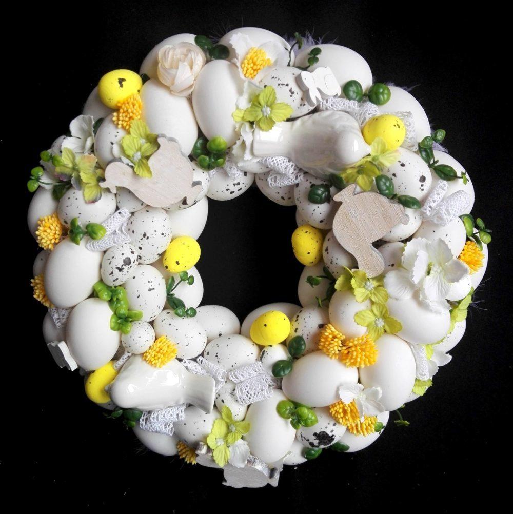 Wianek Wielkanocny z kaczuszkami