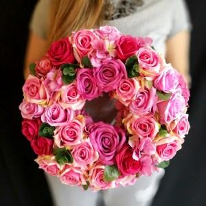 Wianek z róż