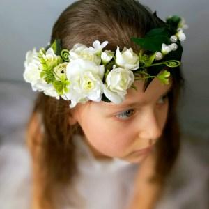 wianek z kwiatów dla dziewczynki