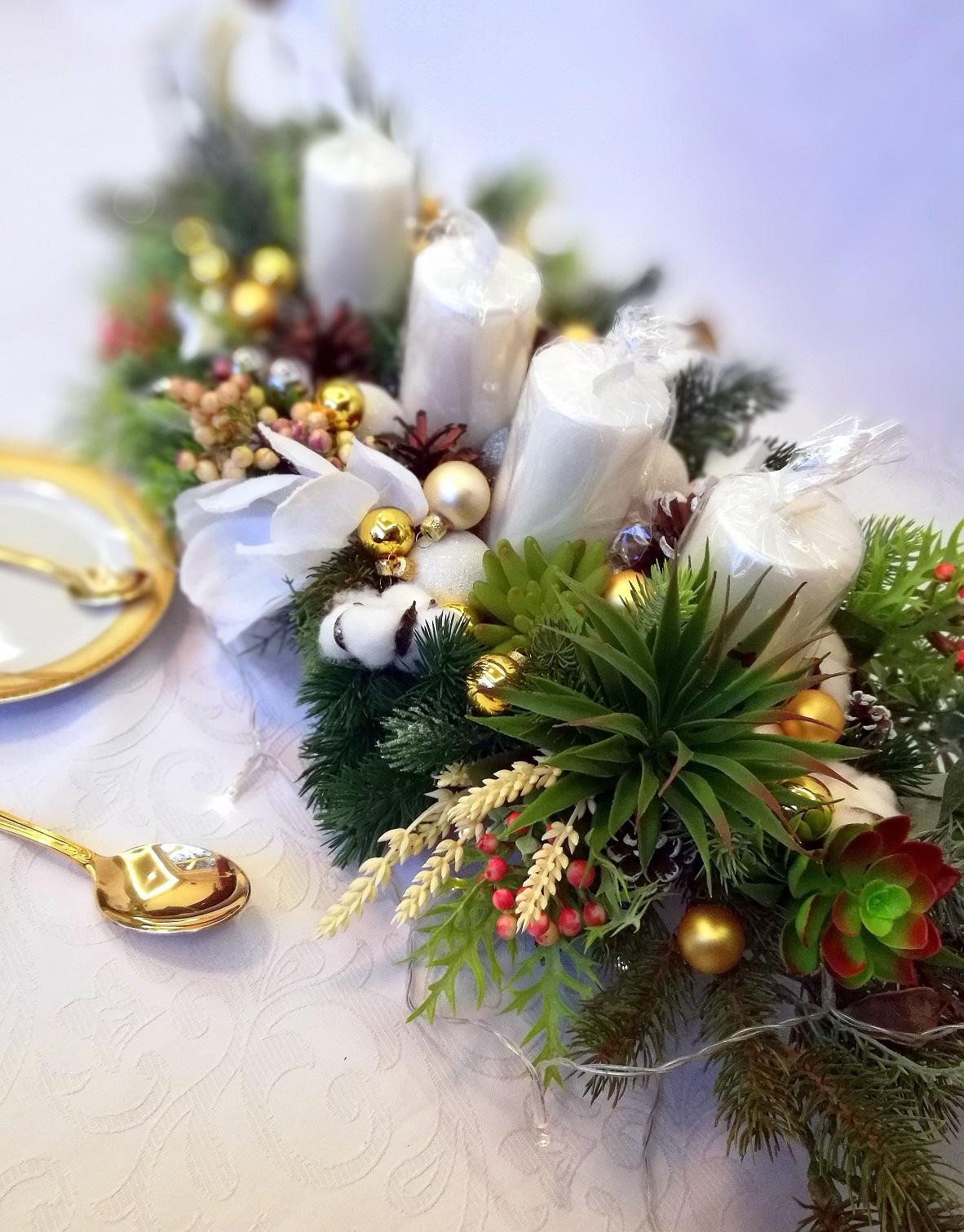 Dekoracja świąteczna z sukulentami roz. M