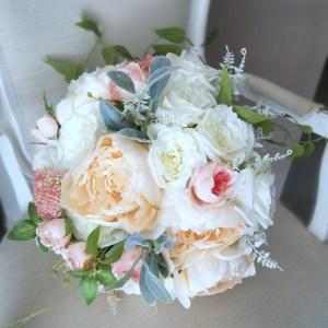 Bukiet ślubny kremowo-biały nr. 224
