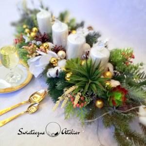 Dekoracja świąteczna z sukulentami