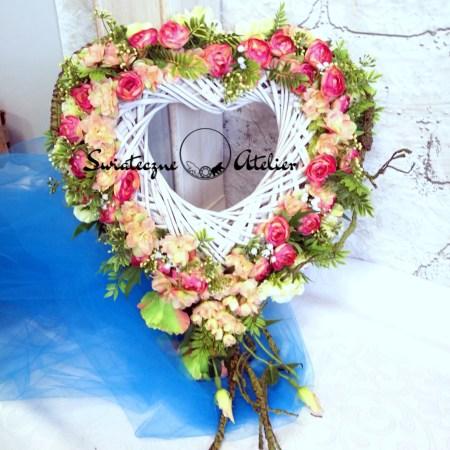 kompozycje kwiatowe na ślub