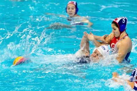 9 TOTH Ildiko HUN; 5 KOSE Karya TUR HUN - TUR Women Hungary (White Cap) Vs. Turkey (Blue caps) LEN European Water Polo Championships 2016 Kombank Arena, Belgrade, Serbia Day05 14-01-2016 Photo G.Scala/Insidefoto/Deepbluemedia