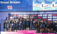 Team GBR Great Britain receives the LEN Award as winning team LEN 2016 European Aquatics Elite Championships Diving Women's 3m synchronised springboard final Day 07 15-05-2016 Photo Giorgio Perottino/Deepbluemedia/Insidefoto