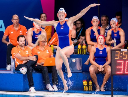 10 KOOLHAAS Ilse NED NED - GER Netherlands (white caps) vs Germany (blue caps) Women Barcelona 23/07/18 Piscines Bernat Picornell Quarter Finals 33rd LEN European Water Polo Championships - Barcelona 2018 Photo Giorgio Scala/Deepbluemedia/Insidefoto