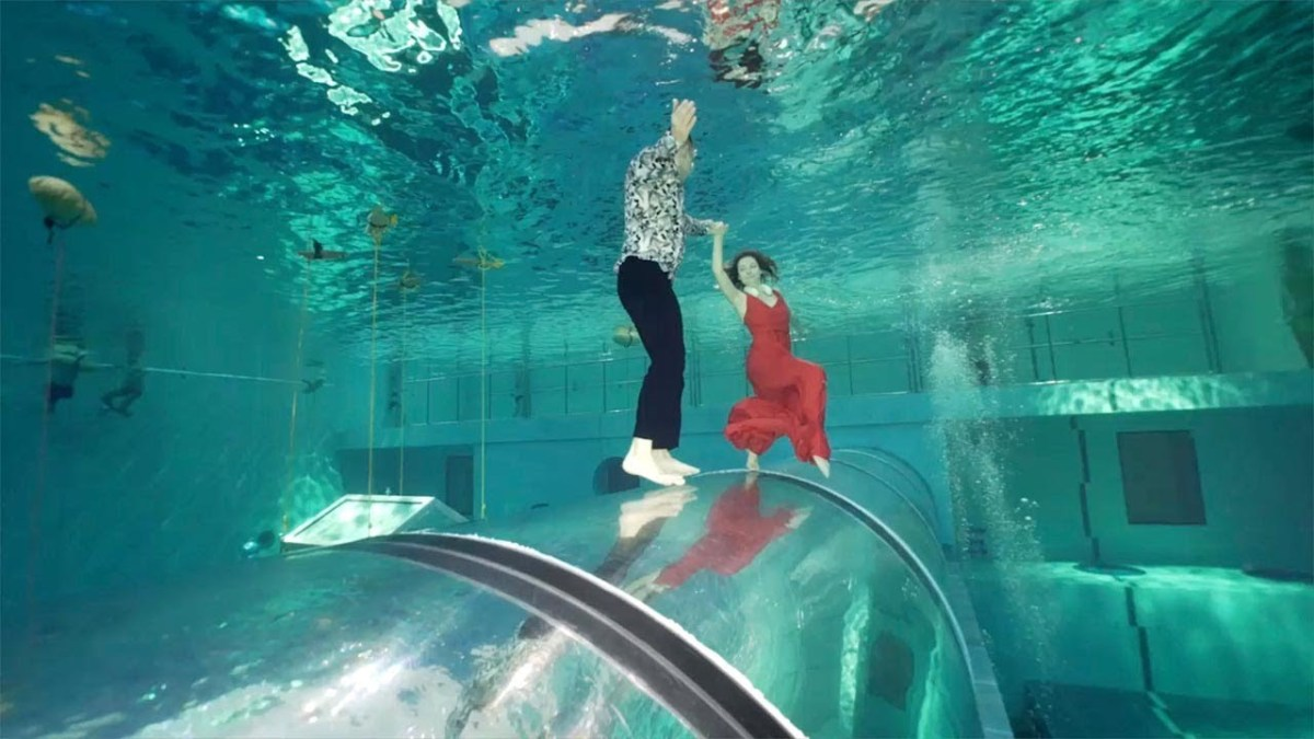 Record For Longest Dance Underwater Holding Breath