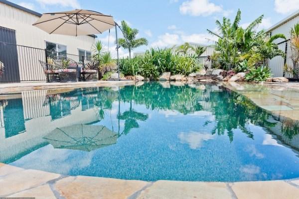 Burrum Heads Pool Luxury