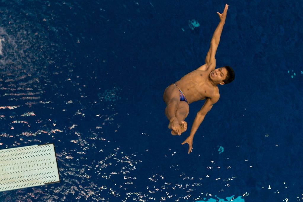 KNOXVILLE, TN - August 16, 2014: Jordan Windle during the 2014 USA Senior Diving National Event at Allan Jones Aquatic Center in Knoxville, TN. Photo By Matthew S. DeMaria