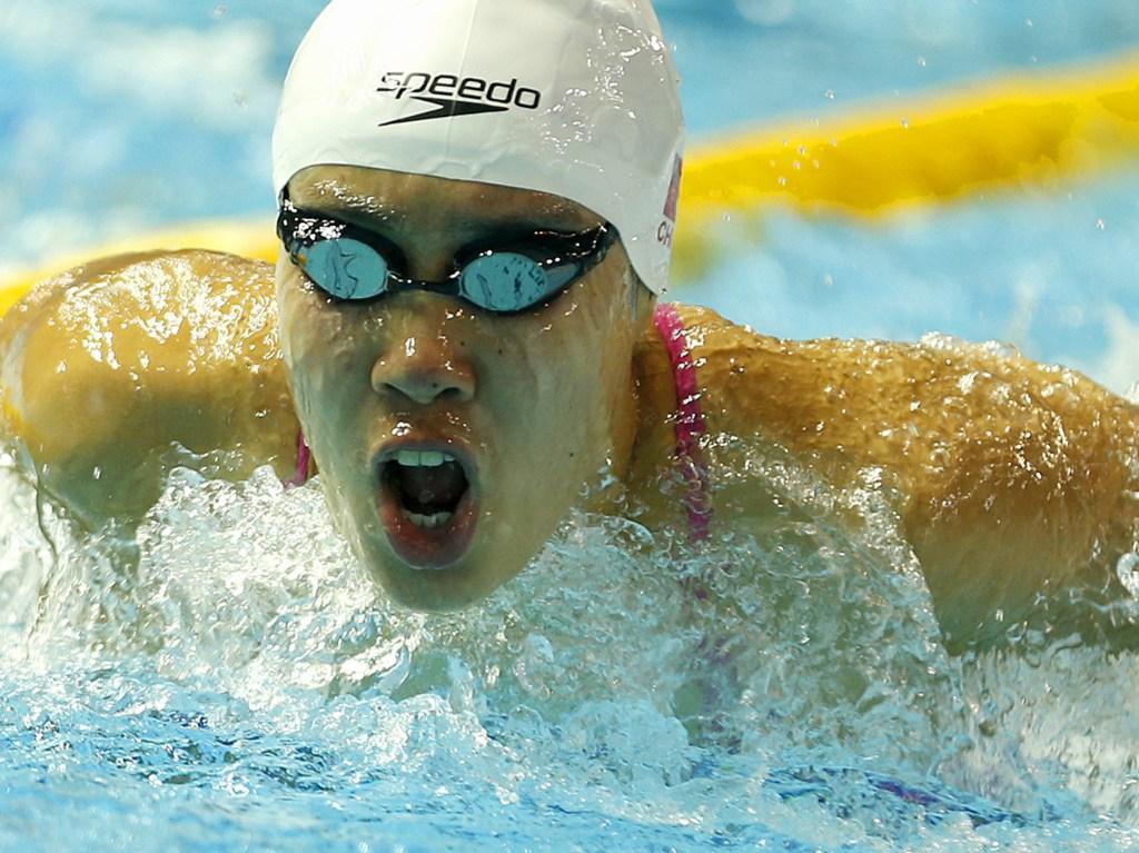 (140817) -- Nanjing,Aug 17,2014 (Xinhua) -- Shen Duo of China prepares for the swimming competition of Nanjing 2014 Youth Olympic Games in Nanjing, capital of east China?s Jiangsu Province, on Aug. 17, 2014. (Xinhua/Fei Maohua) (txt)
