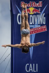 red-bull-cliff-diving-world-series (1)
