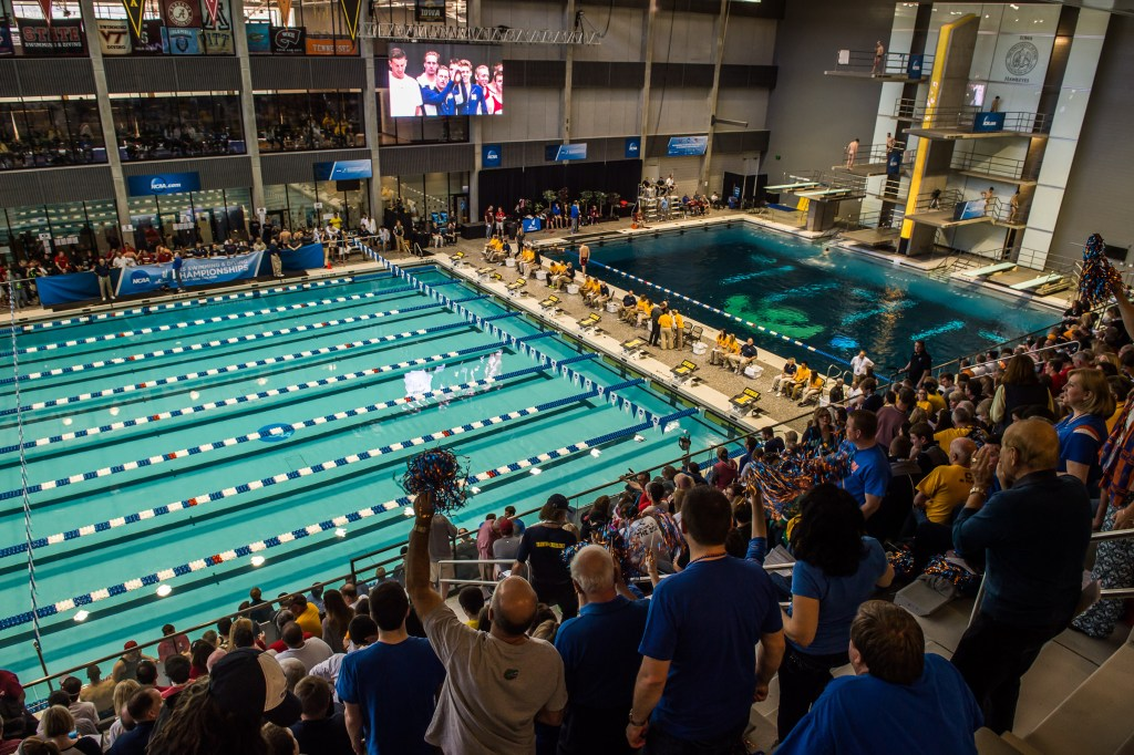 iowa-natatorium-venue-fan-view-