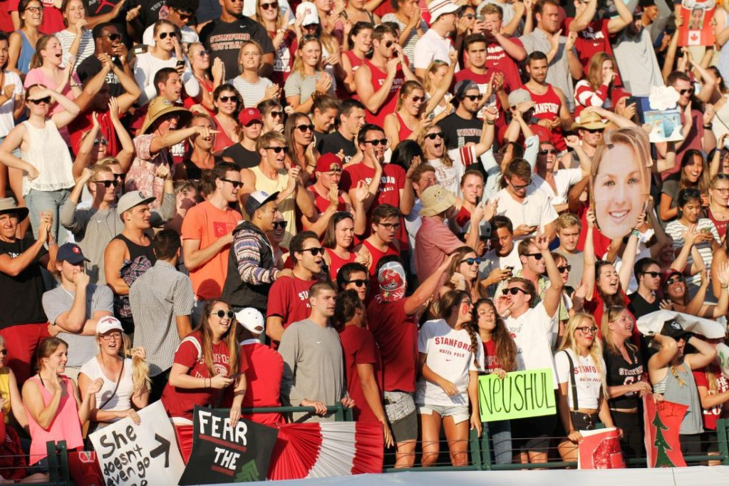 stanford-water-polo-fans-2015 (2)