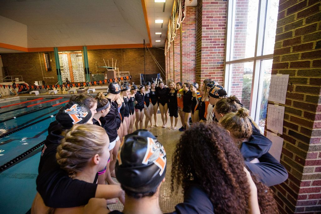 11/14/15 - Kalamazoo, MI: Kalamazoo College Swimming and Diving vs Albion. Kalamazoo College Women defeated Albion 187-112. Albion College Men won 201-99. © Chris McGuire Photography.