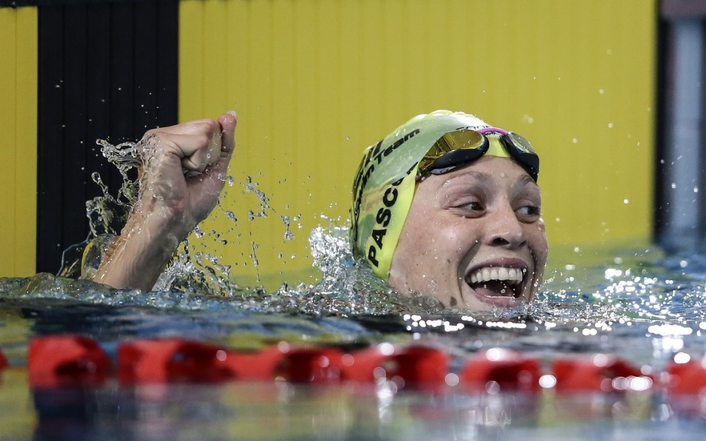 Sophie Pascoe (PARA), 100m Butterfly World Record during the New Zealand Open Swimming Championships, Owen G Glenn National Aquatic Centre, Auckland, New Zealand. Thursday 31 March 2016 Photo: Simon Watts / www.bwmedia.co.nz