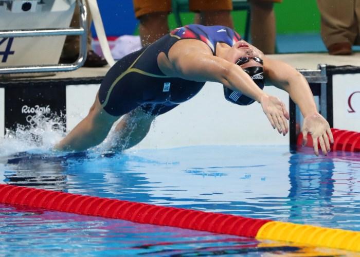 kathleen-baker-start-100bk-olympics-semifinals