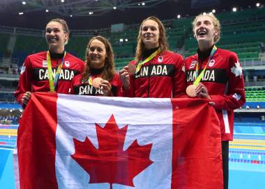 canada-400-free-relay-bronze-medal-rio, chantal-van-landeghem, michelle-williams, penny-oleksiak, taylor-ruck