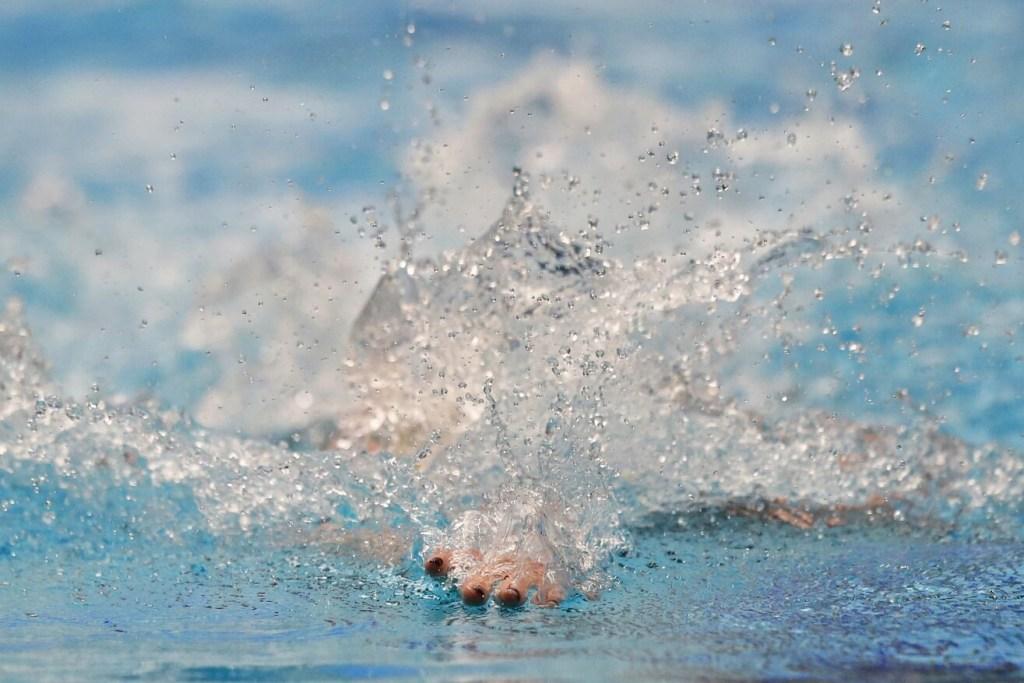 hand-water-splash-2017-phillips-66-nationals