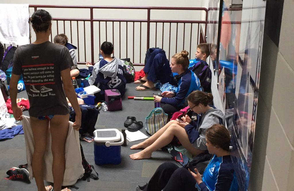 bluefish-team-hall-swimming-world-fall-classic