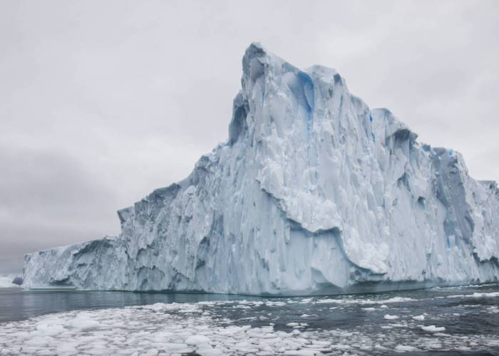 Detail of an iceberg during a trip to Antarctic on January 17, 2018 // Andreas Vigl / Red Bull Content Pool // AP-1VPMQM38D2111 // Usage for editorial use only // Please go to www.redbullcontentpool.com for further information. //