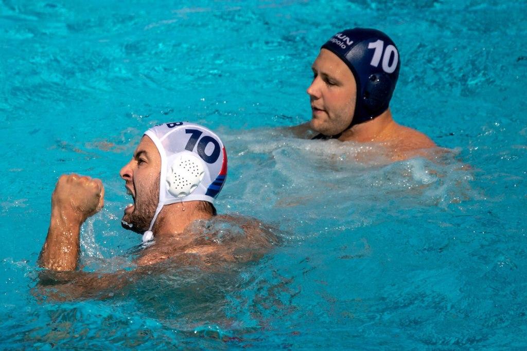 water-polo-serbia-hungary-1