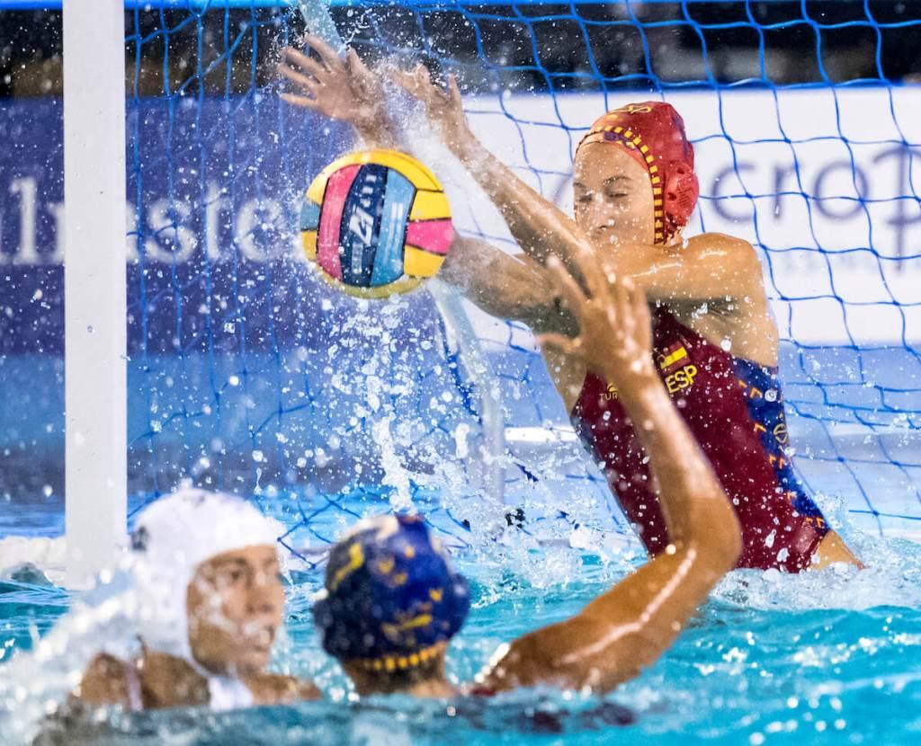 womens-water-polo-european-serbia-spain-1