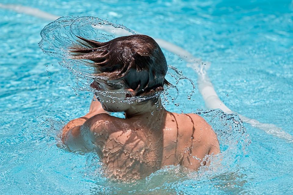 swim-hair-flip