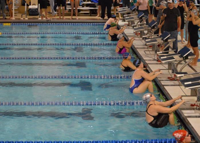 backstroke-start-swim-meet