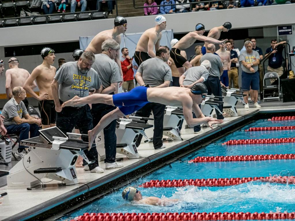 carmel-400-free-relay-high school swimming