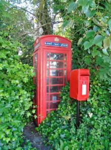 Bishopstone red telephone box