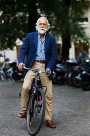 9259stripebiker1124web