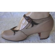1920s-shoes-with-2-tone_655338f1