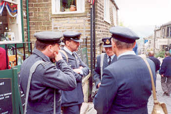raf-officers-01