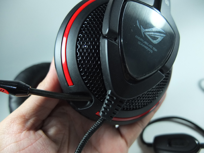 ASUS Orion Pro Gaming Headset Review 03