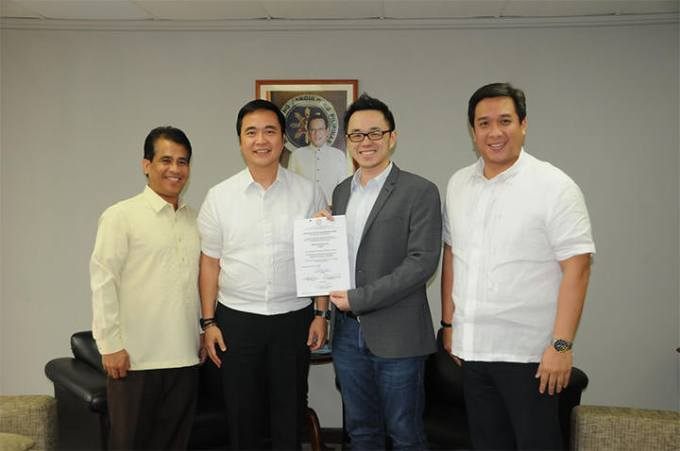Uber, LTFRB accredited