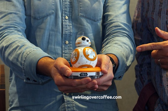 BB-8 app-enabled droid, Star Wars the Force Awakens, Globe Gen3 Store
